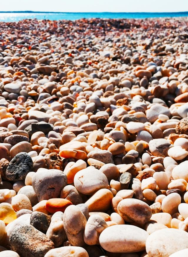 Pebbles_2